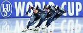 Subject: Cheol-Min Kim, Hyeong-Joon Joo, Seung-Hoon.88 Lee; Tags: Athlet, Athlete, Sportler, Wettkämpfer, Sportsman, Cheol-Min Kim, Detail, Eisschnelllauf, Speed skating, Schaatsen, Herren, Men, Gentlemen, Mann, Männer, Gents, Sirs, Mister, Hyeong-Joon Joo, KOR, South Korea, Südkorea, Seung-Hoon Lee, Sport, Team, Team Pursuit, Mannschaftslauf, Verfolgungsrennen, Jagdrennen, Mannschaftsverfolgung, Teamverfolgung; PhotoID: 2015-12-04-0766