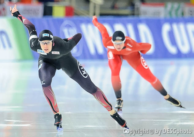 Ida Njåtun, Roxanne Dufter; Tags: Sport, Roxanne Dufter, NOR, Norway, Norwegen, Ida Njåtun, GER, Germany, Deutschland, Eisschnelllauf, Speed skating, Schaatsen, Damen, Ladies, Frau, Mesdames, Female, Women, Athlet, Athlete, Sportler, Wettkämpfer, Sportsman; PhotoID: 2017-01-27-0879
