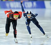 Subject: Jae-Woong Jeong, Yanan Jin; Tags: Yanan Jin, Sport, KOR, South Korea, Südkorea, Jae Woong Chung, Herren, Men, Gentlemen, Mann, Männer, Gents, Sirs, Mister, Eisschnelllauf, Speed skating, Schaatsen, CHN, China, Volksrepublik China, Athlet, Athlete, Sportler, Wettkämpfer, Sportsman; PhotoID: 2017-01-28-0077