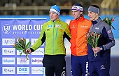 Subject: Hubert Hirschbichler, Kimani Griffin, Ronald Mulder; Tags: USA, United States, Vereinigte Staaten von Amerika, Sport, Siegerehrung, Victory ceremony, Preisverleihung, Ehrung, Award ceremony, Award, Prize Giving, Ronald Mulder, NED, Netherlands, Niederlande, Holland, Dutch, Kimani Griffin, Hubert Hirschbichler, Herren, Men, Gentlemen, Mann, Männer, Gents, Sirs, Mister, GER, Germany, Deutschland, Eisschnelllauf, Speed skating, Schaatsen, Detail, Athlet, Athlete, Sportler, Wettkämpfer, Sportsman; PhotoID: 2017-01-28-0224