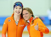 Subject: Jetske Wiersma, Michelle de Jong; Tags: Trainer, Coach, Betreuer, Sport, NED, Netherlands, Niederlande, Holland, Dutch, Michelle de Jong, Jetske Wiersma, Eisschnelllauf, Speed skating, Schaatsen, Damen, Ladies, Frau, Mesdames, Female, Women, Athlet, Athlete, Sportler, Wettkämpfer, Sportsman; PhotoID: 2018-03-10-0003