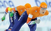 Subject: Janno Botman, Louis Hollaar, Tjerk de Boer; Tags: Tjerk de Boer, Team, Team Pursuit, Mannschaftslauf, Verfolgungsrennen, Jagdrennen, Mannschaftsverfolgung, Teamverfolgung, Sport, NED, Netherlands, Niederlande, Holland, Dutch, Louis Hollaar, Janno Botman, Herren, Men, Gentlemen, Mann, Männer, Gents, Sirs, Mister, Eisschnelllauf, Speed skating, Schaatsen, Detail, Athlet, Athlete, Sportler, Wettkämpfer, Sportsman; PhotoID: 2018-03-11-0185