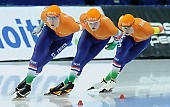 Subject: Janno Botman, Louis Hollaar, Tjerk de Boer; Tags: Tjerk de Boer, Team, Team Pursuit, Mannschaftslauf, Verfolgungsrennen, Jagdrennen, Mannschaftsverfolgung, Teamverfolgung, Sport, NED, Netherlands, Niederlande, Holland, Dutch, Louis Hollaar, Janno Botman, Herren, Men, Gentlemen, Mann, Männer, Gents, Sirs, Mister, Eisschnelllauf, Speed skating, Schaatsen, Detail, Athlet, Athlete, Sportler, Wettkämpfer, Sportsman; PhotoID: 2018-03-11-0190