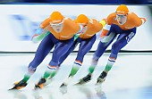 Subject: Janno Botman, Louis Hollaar, Tjerk de Boer; Tags: Tjerk de Boer, Team, Team Pursuit, Mannschaftslauf, Verfolgungsrennen, Jagdrennen, Mannschaftsverfolgung, Teamverfolgung, Sport, NED, Netherlands, Niederlande, Holland, Dutch, Louis Hollaar, Janno Botman, Herren, Men, Gentlemen, Mann, Männer, Gents, Sirs, Mister, Eisschnelllauf, Speed skating, Schaatsen, Detail, Athlet, Athlete, Sportler, Wettkämpfer, Sportsman; PhotoID: 2018-03-11-0197