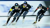 Subject: Kohki Takamizawa, Riki Hayashi, Taishi Yamamoto; Tags: Team, Team Pursuit, Mannschaftslauf, Verfolgungsrennen, Jagdrennen, Mannschaftsverfolgung, Teamverfolgung, Taishi Yamamoto, Sport, Riki Hayashi, Kohki Takamizawa, JPN, Japan, Nippon, Herren, Men, Gentlemen, Mann, Männer, Gents, Sirs, Mister, Feature, Feature, Eisschnelllauf, Speed skating, Schaatsen, Detail, Athlet, Athlete, Sportler, Wettkämpfer, Sportsman; PhotoID: 2018-03-11-0201