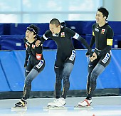 Subject: Kohki Takamizawa, Riki Hayashi, Taishi Yamamoto; Tags: Team, Team Pursuit, Mannschaftslauf, Verfolgungsrennen, Jagdrennen, Mannschaftsverfolgung, Teamverfolgung, Taishi Yamamoto, Sport, Riki Hayashi, Kohki Takamizawa, JPN, Japan, Nippon, Herren, Men, Gentlemen, Mann, Männer, Gents, Sirs, Mister, Eisschnelllauf, Speed skating, Schaatsen, Detail, Athlet, Athlete, Sportler, Wettkämpfer, Sportsman; PhotoID: 2018-03-11-0216