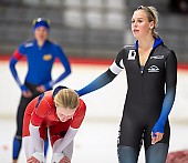 Subject: Lea-Sophie Scholz, Victoria Stirnemann; Tags: Victoria Stirnemann, Sport, Lea-Sophie Scholz, GER, Germany, Deutschland, Eisschnelllauf, Speed skating, Schaatsen, Daria Kamelkova, Damen, Ladies, Frau, Mesdames, Female, Women, Athlet, Athlete, Sportler, Wettkämpfer, Sportsman; PhotoID: 2018-11-02-0127