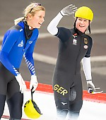 Subject: Claudia Pechstein, Roxanne Dufter; Tags: Sport, Roxanne Dufter, Mass Start, GER, Germany, Deutschland, Eisschnelllauf, Speed skating, Schaatsen, Detail, Damen, Ladies, Frau, Mesdames, Female, Women, Claudia Pechstein, Athlet, Athlete, Sportler, Wettkämpfer, Sportsman; PhotoID: 2018-11-04-0293