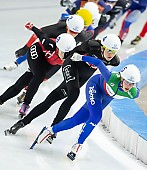 Subject: Isabelle Weidemann, Francesca Bettrone; Tags: Sport, Mass Start, Isabelle Weidemann, ITA, Italy, Italien, Francesca Bettrone, Eisschnelllauf, Speed skating, Schaatsen, Detail, Daria Kamelkova, Damen, Ladies, Frau, Mesdames, Female, Women, CAN, Canada, Kanada, Athlet, Athlete, Sportler, Wettkämpfer, Sportsman; PhotoID: 2018-12-14-0152