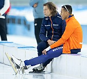 Subject: Dai Dai Ntab, Gerard van Velde; Tags: NED, Netherlands, Niederlande, Holland, Dutch, Herren, Men, Gentlemen, Mann, Männer, Gents, Sirs, Mister, Gerard van Velde, Eisschnelllauf, Speed skating, Schaatsen, Daria Kamelkova, Dai Dai Ntab, Athlet, Athlete, Sportler, Wettkämpfer, Sportsman, Trainer, Coach, Betreuer, Sport; PhotoID: 2018-12-16-0201