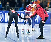 Subject: Isabelle Weidemann, Bart Schouten; Tags: Trainer, Coach, Betreuer, Sport, Isabelle Weidemann, Eisschnelllauf, Speed skating, Schaatsen, Daria Kamelkova, Damen, Ladies, Frau, Mesdames, Female, Women, CAN, Canada, Kanada, Bart Schouten, Athlet, Athlete, Sportler, Wettkämpfer, Sportsman; PhotoID: 2018-12-16-0818